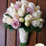 119283-wedding-bouquet-with-tulip-roselogo - copia